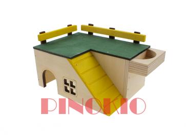 Pinokio, Domek drewniany (18cm)